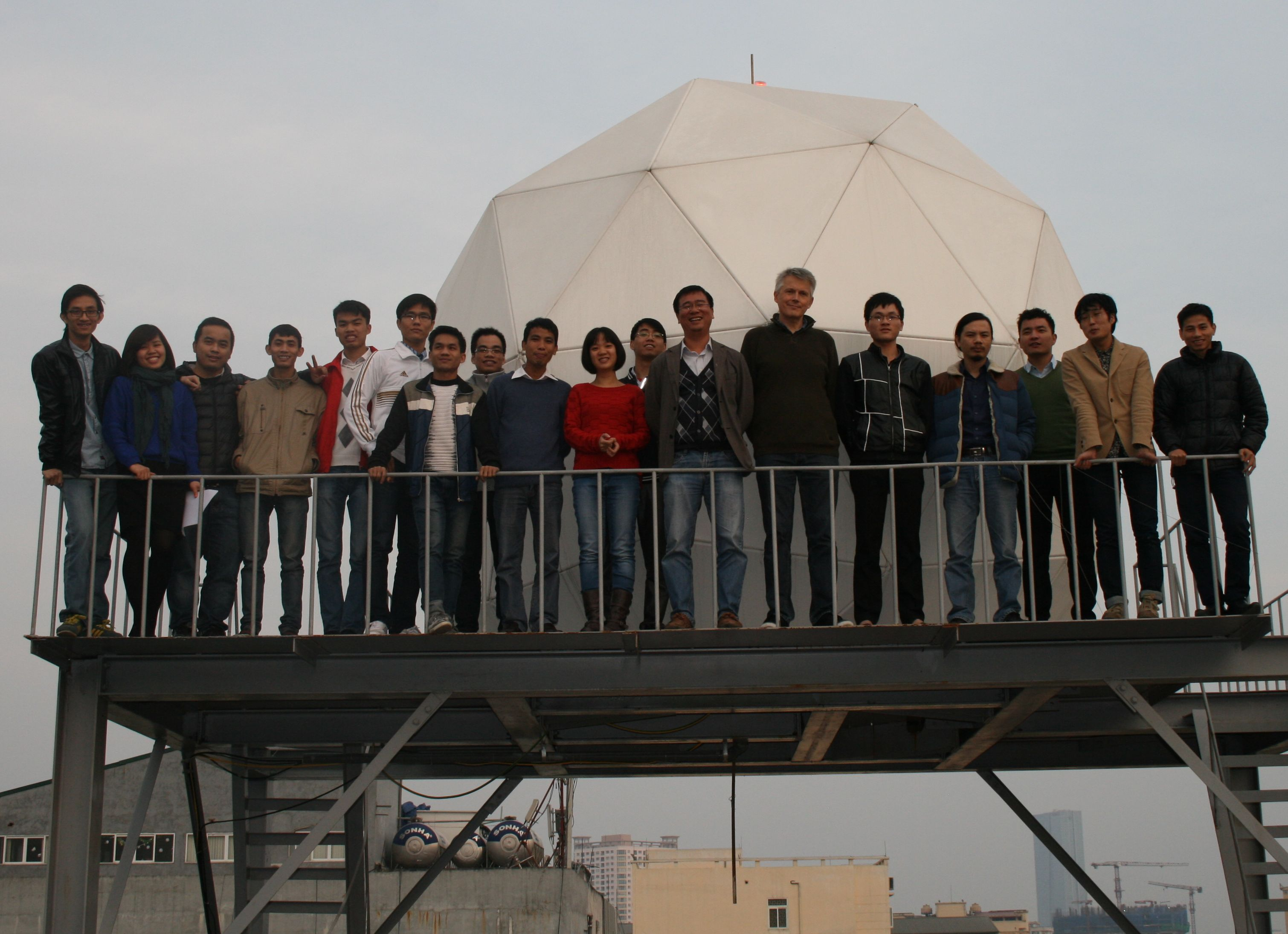 eOsphere_FIMO_vietnam-team-photo